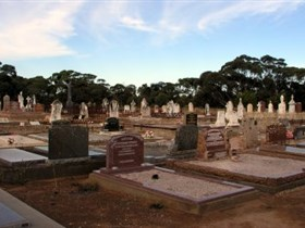Langhorne Creek Cemetery - Accommodation Mermaid Beach