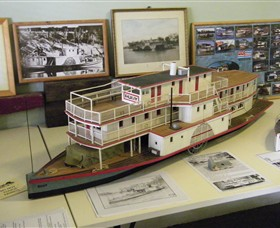 Wentworth Model Paddlesteamer Display - Accommodation Mermaid Beach