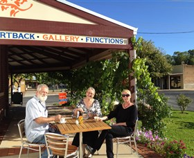 Artback Australia Gallery and Cafe - Accommodation Mermaid Beach