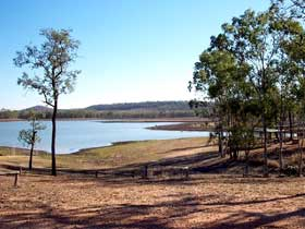 Theresa Creek Dam - Accommodation Mermaid Beach