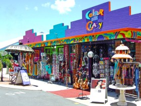 Colour Me Crazy - Accommodation Mermaid Beach