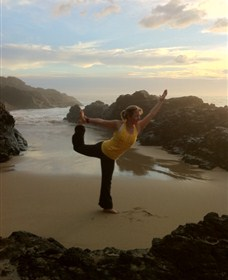 Devinely Fit Yoga and Lifestyle - Accommodation Mermaid Beach