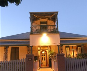 Grafton Regional Art Gallery - Accommodation Mermaid Beach