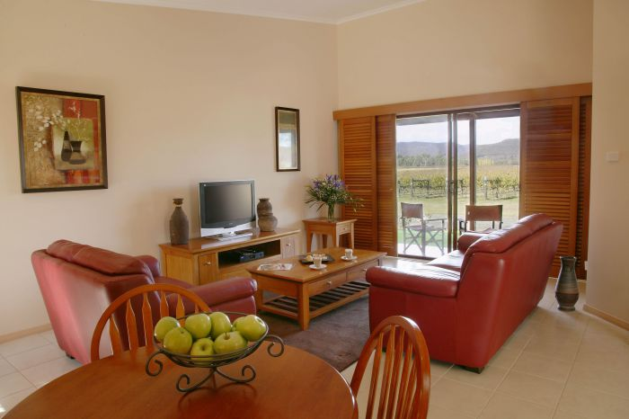 Nightingale Wines Luxury Villas - Accommodation Mermaid Beach