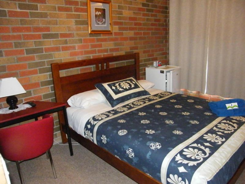 Boomers Guest House Hamilton - Accommodation Mermaid Beach