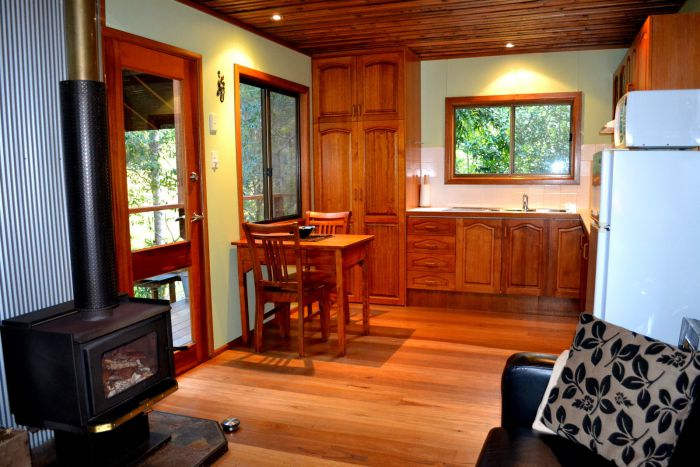 Waterfall Hideout-Rainforest Cabin for Couples - Accommodation Mermaid Beach