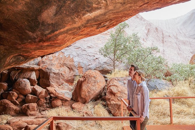 Uluru Base and Sunset Half-Day Trip with Optional Outback BBQ Dinner - Accommodation Mermaid Beach