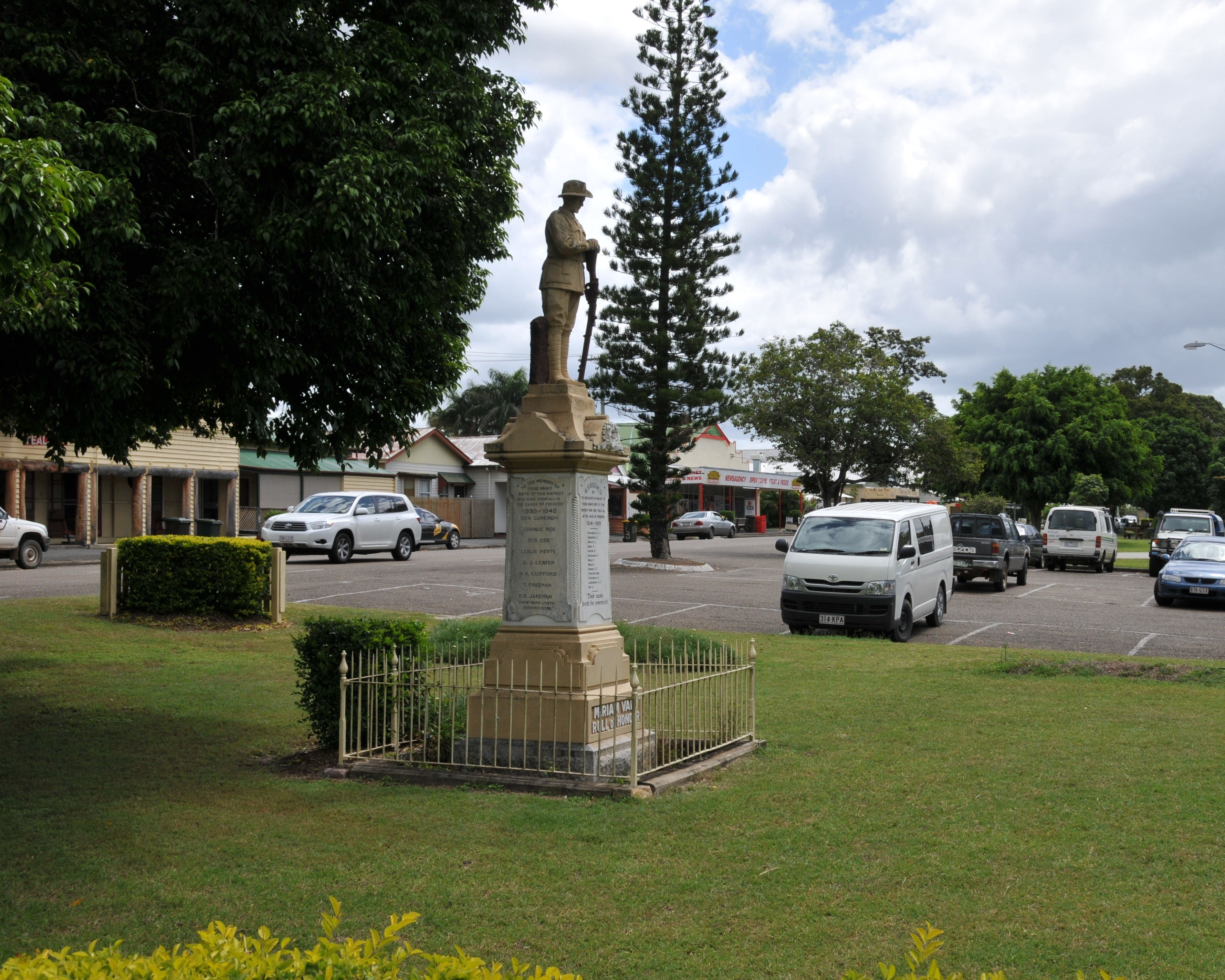 Miriam Vale War Memorial - Accommodation Mermaid Beach