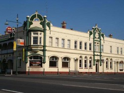 Leura Hotel - Accommodation Mermaid Beach