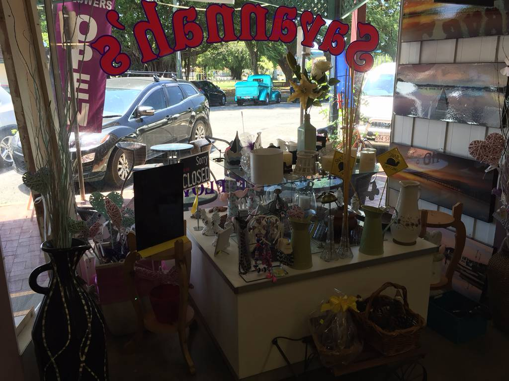 Savannahs Gifts Cafe  Flowers - Accommodation Mermaid Beach