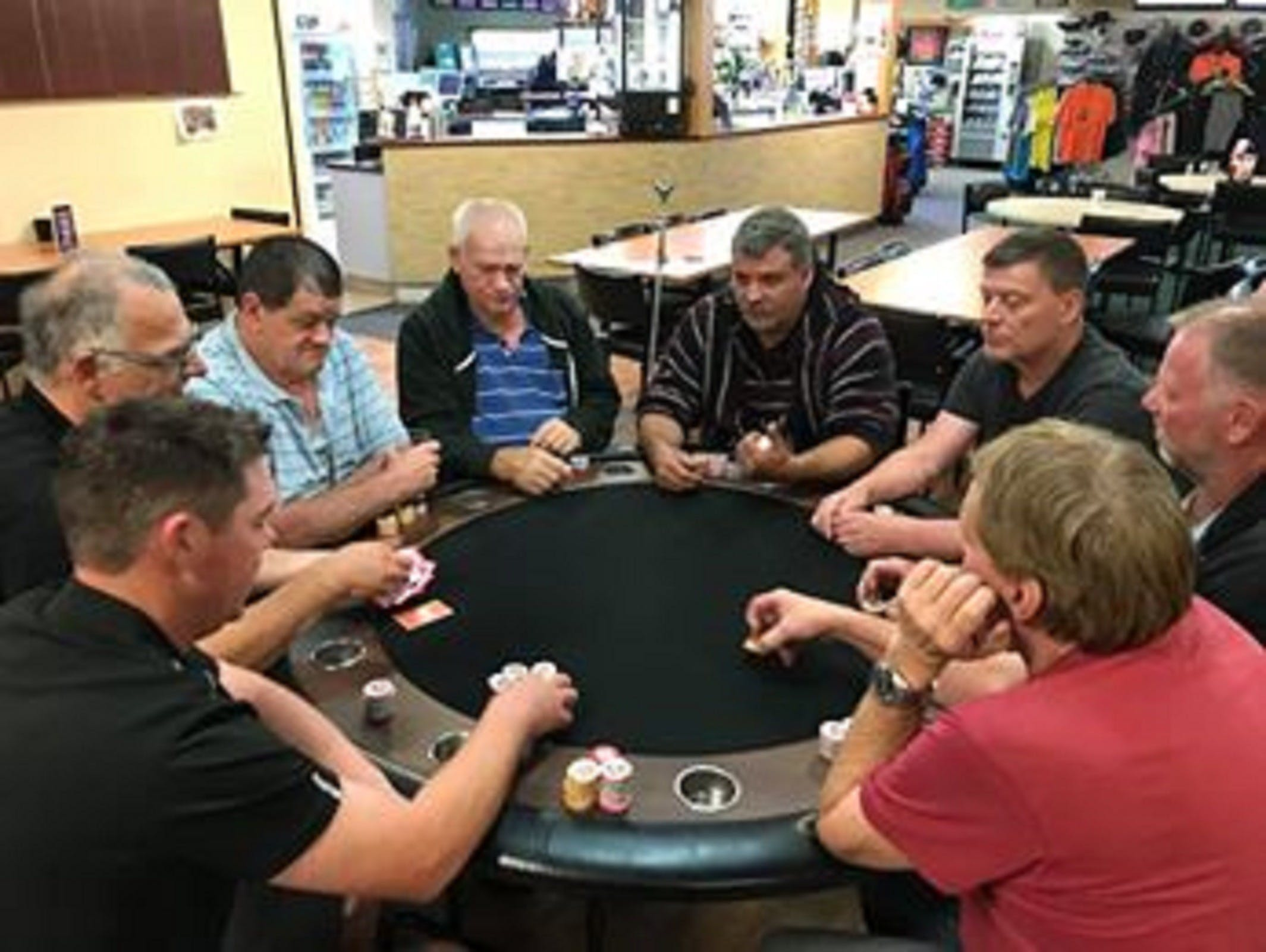 Numurkah Golf and Bowls Club - Poker Wednesday - Accommodation Mermaid Beach
