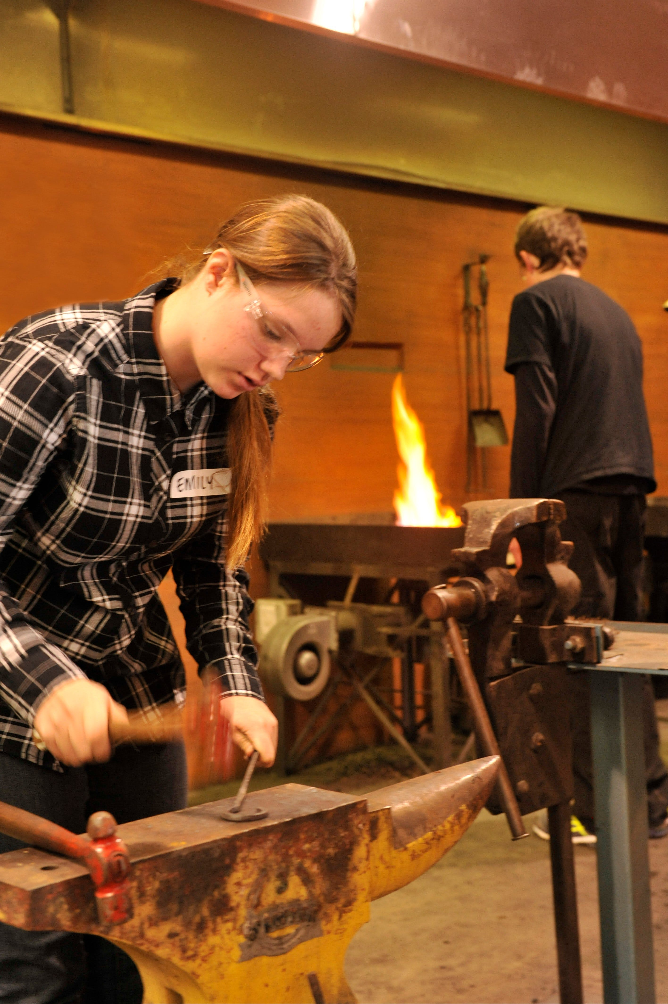 Blacksmithing Teen Workshop - Accommodation Mermaid Beach