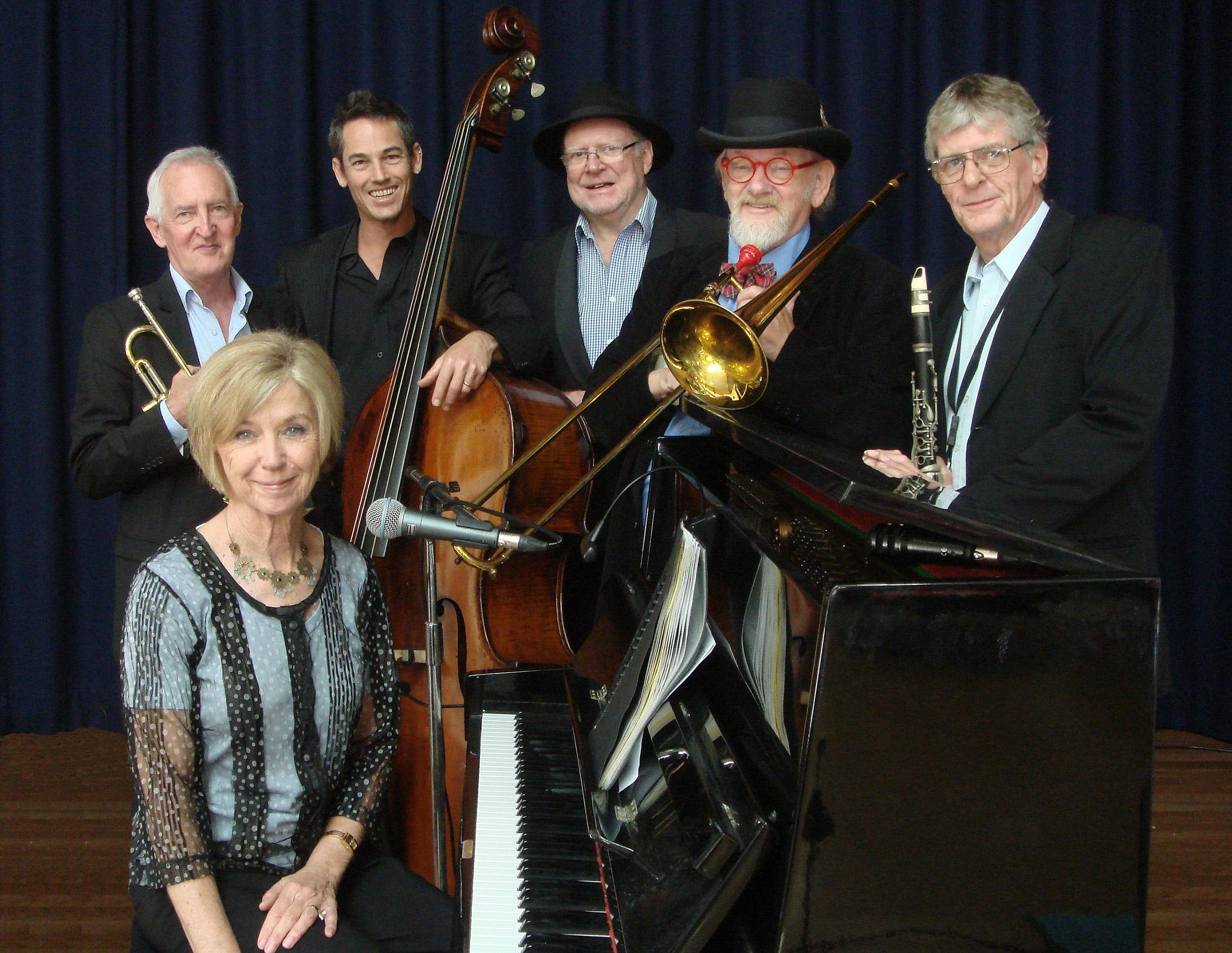 The Caxton Street Jazz Band in the Swigmore Hall at Robert Channon Wines - Accommodation Mermaid Beach