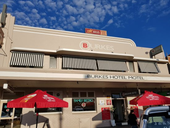 Burkes Bistro and Bar - Accommodation Mermaid Beach