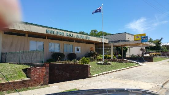 Molong R.S.L - Accommodation Mermaid Beach