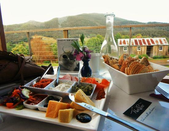 Hartzview Vineyard Cafe - Accommodation Mermaid Beach
