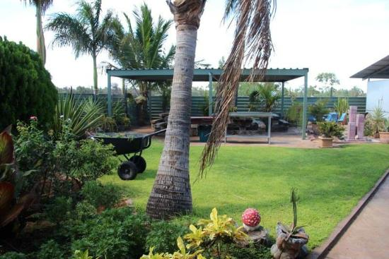 Devils Marbles Hotel - Accommodation Mermaid Beach