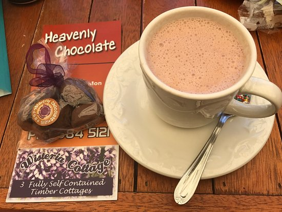 Stanthorpe's Heavenly Chocolate at Wisteria Cottage - Accommodation Mermaid Beach