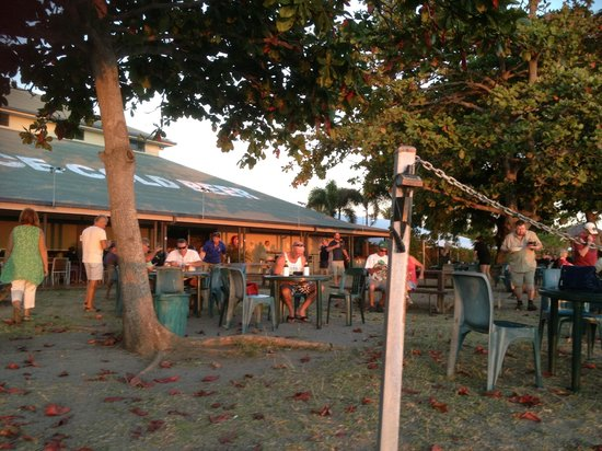 Sunset Tavern - Accommodation Mermaid Beach