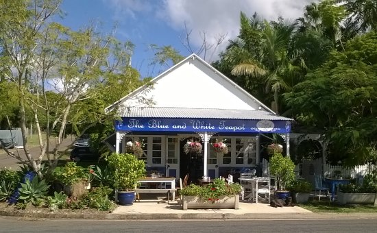 The Blue and White Teapot Cafe - Accommodation Mermaid Beach
