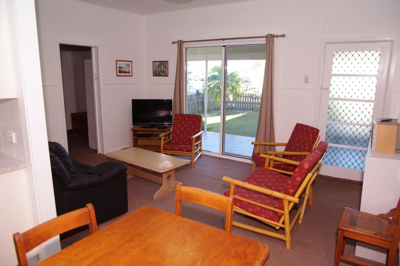 Fleur Cottage 7 Willow Street - Accommodation Mermaid Beach