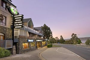 Banjo Paterson Inn - Accommodation Mermaid Beach