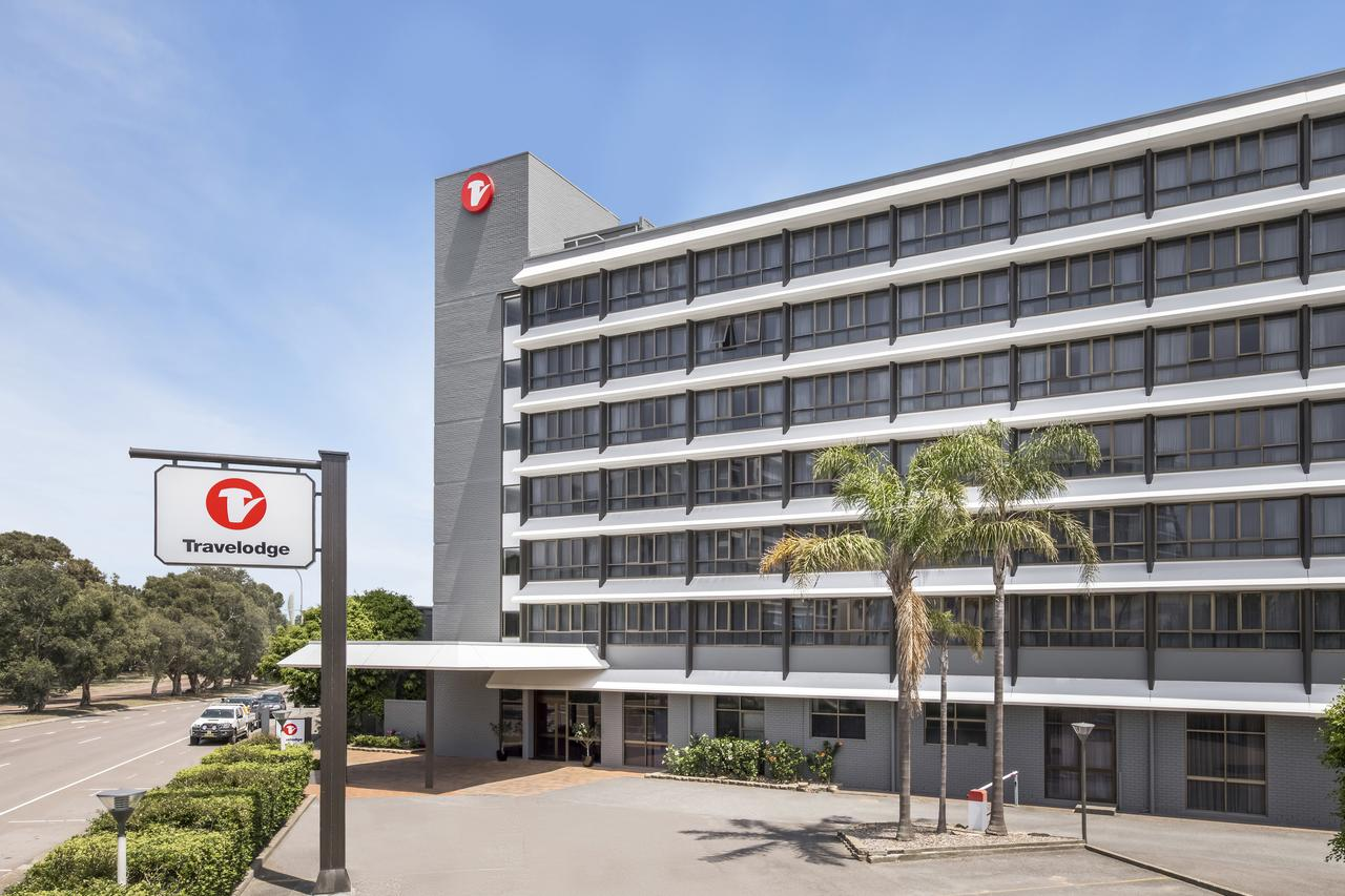 Travelodge Hotel Newcastle - Accommodation Mermaid Beach
