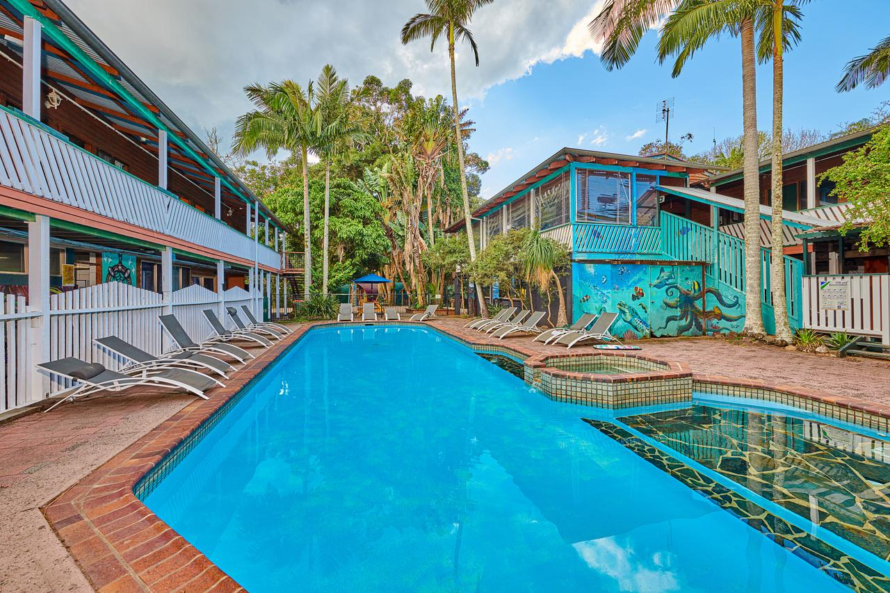 Arts Factory Lodge - Accommodation Mermaid Beach
