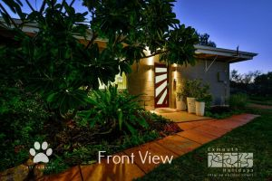 13 Learmonth Street - Close to town centre - Accommodation Mermaid Beach