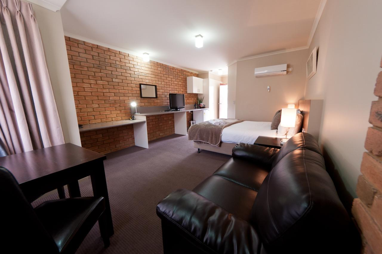 National Hotel Complex Bendigo - Accommodation Mermaid Beach