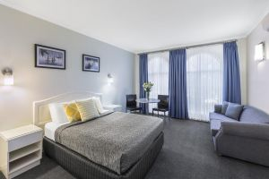 Best Western Cathedral Motor Inn - Accommodation Mermaid Beach