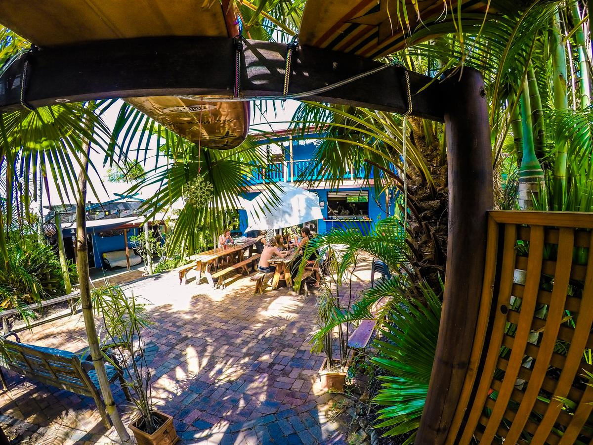 Cool Bananas Backpackers - Accommodation Mermaid Beach