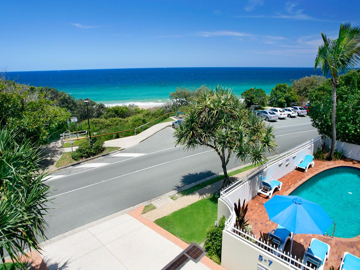 La Mer Sunshine Beachfront - Accommodation Mermaid Beach