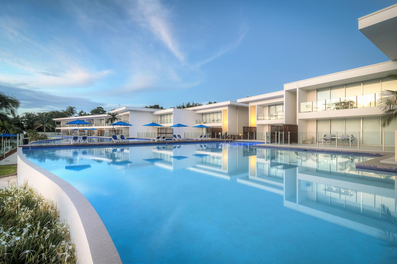 Pool Resort Port Douglas - Accommodation Mermaid Beach