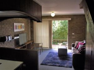 A Furnished Townhouse in Goulburn - Accommodation Mermaid Beach