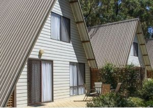 A-Line Holiday Park - Accommodation Mermaid Beach