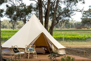 Balgownie Estate Winery Retreat  Restaurant - Accommodation Mermaid Beach